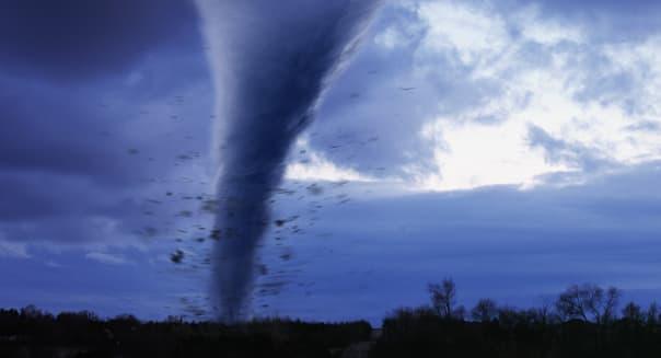 AA040372.JPG Tornado Don Farrall Color Image