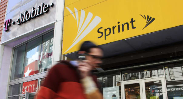 Sprint and T-Mobile offer further price discounts