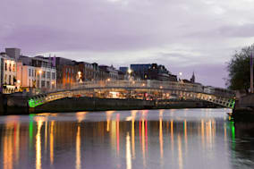 the hapenny  ha'penny  bridge   ...