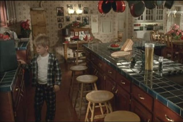 20th century foxheres what the kitchen in the house at 671 lincoln avenue looked like in the 1990 film home alone - The Kitchen House Movie