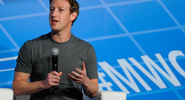 Facebook CEO Zuckerberg phoned Obama to complain about spying