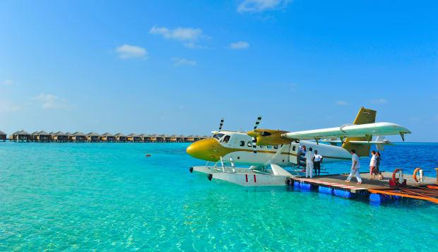 seaplane of maldives