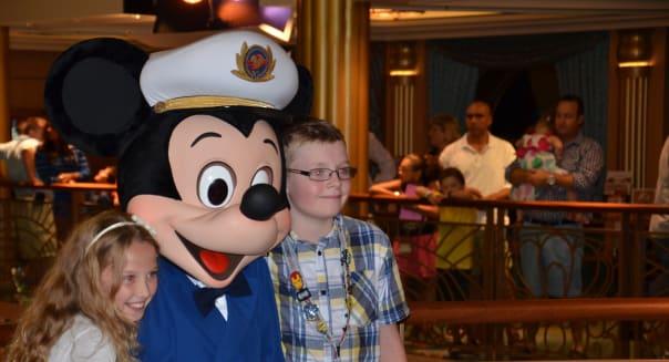 Mickey And Random Kids