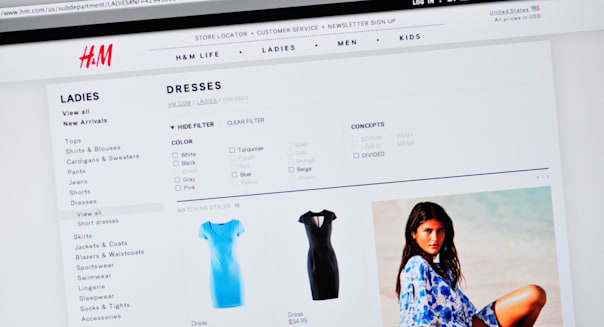 H&M website clothing ecommerce internet etailing retailer