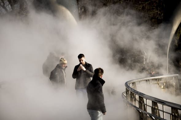 Japanese artists creates Fog bridge over Bristol