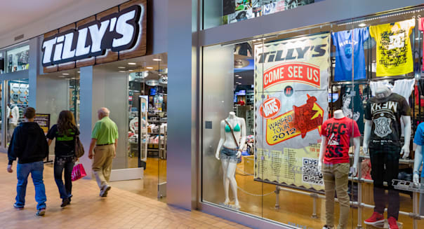 Tilly's store in the Mall of America, Bloomington, Minneapolis, Minnesota, USA