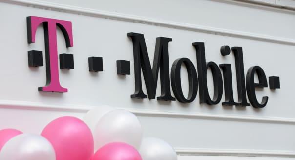 T Mobile shop sign England Uk