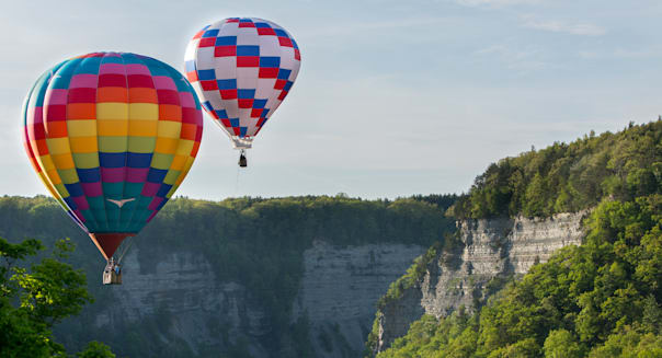 hot air balloons over the gorge ...