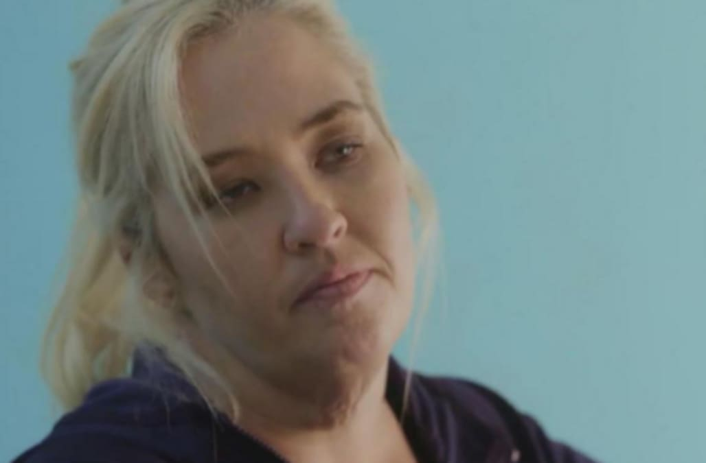 Mama June shows off shockingly slimmer figure as she heads to gym -- Watch!