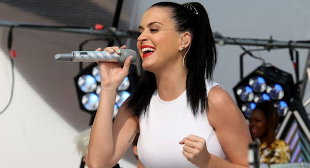 Katy Perry Performs Live On 'Sunrise'