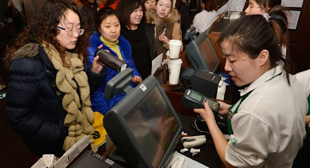 First Starbucks Opens In Taiyuan