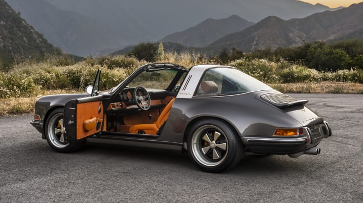 Exclusive The first Porsche 911 Targa restored by Singer