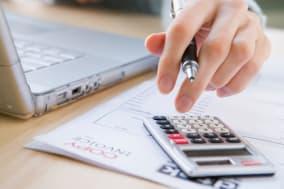 B3XEAH Paying The Bills Bill; Bills; Budget; Calculator; Finance; Invoice; Typing; Technology; Pen; Ballpoint; Pen; Payment; Exp