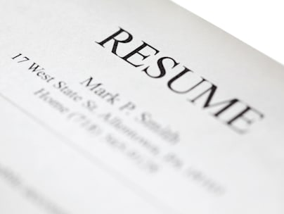 BW171M Resume form title page close-up. Shallow DOF.