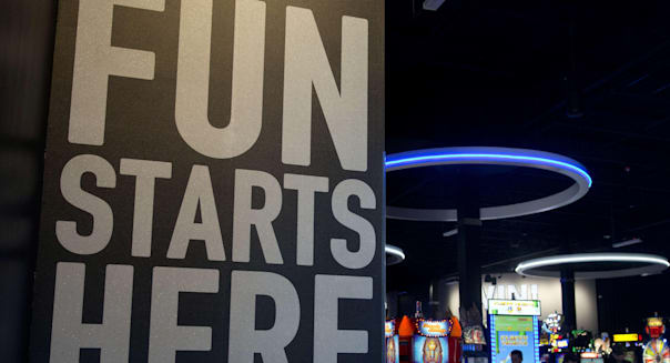 Albuquerque, New Mexico, USA. 29th Oct, 2014. 102914.Dave & Busters' bar, restaurant and arcade, located in the old movie theate