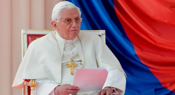 Pope Benedict XVI during the welcome ceremony at the Prague Airport, Czech Republic, 26 September 2009.