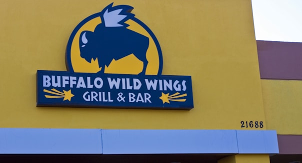 Buffalo Wild Wings Grill & Bar Sign