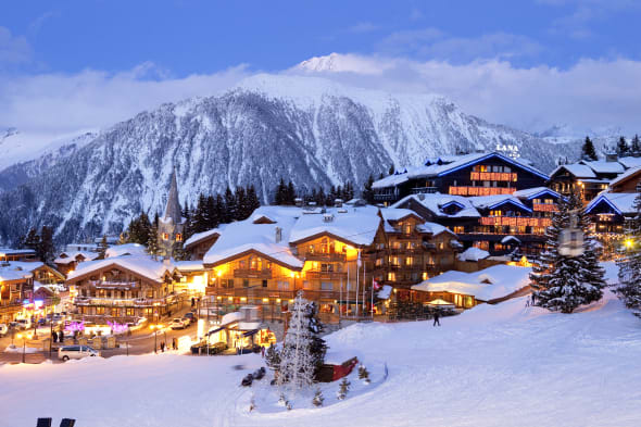 France, Savoie, Tarentaise, Massif de la Vanoise, Courchevel 1850, the centre of the ski resort, view on the Grand Bec Peak in P