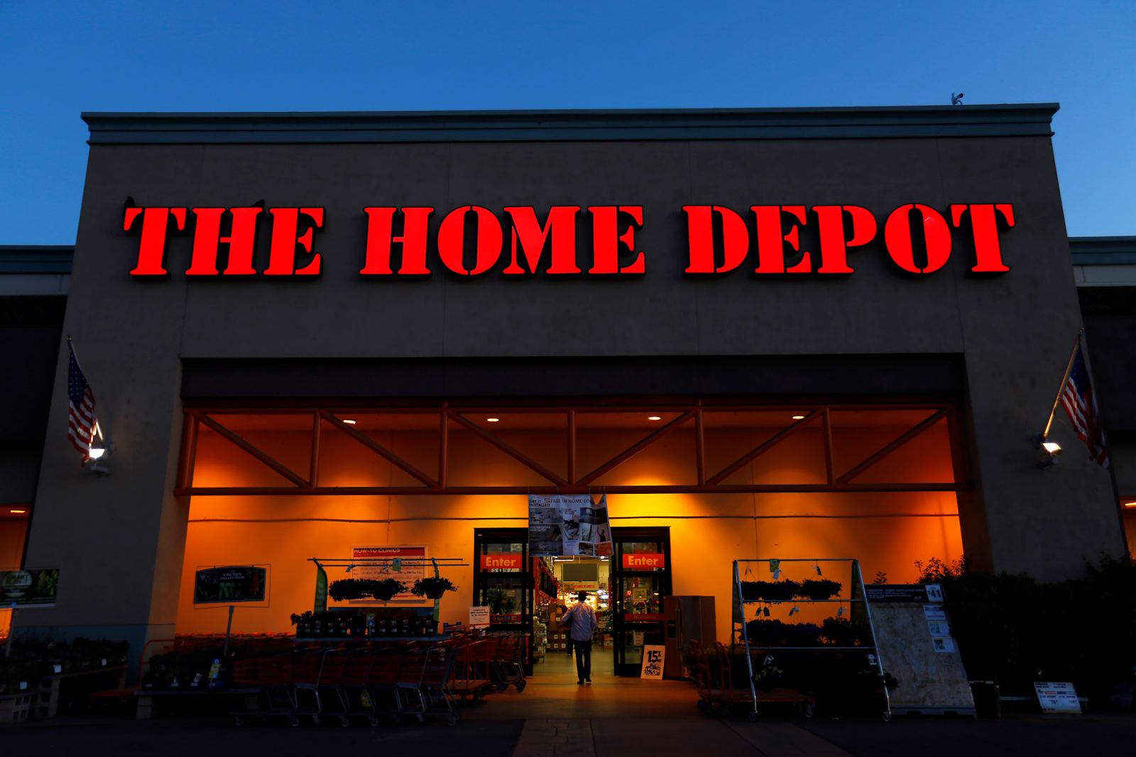 Home Depot Left Customers Unprotected Personal Data Online