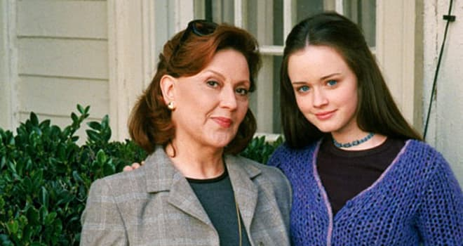 gilmore girls, emily, rory, alexis bledel, kelly bishop