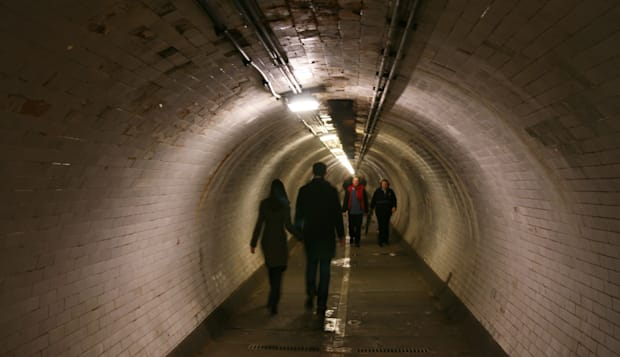 Greenwich pedestrian tunnel London thames