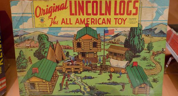 Vintage Original Lincoln Logs toy box
