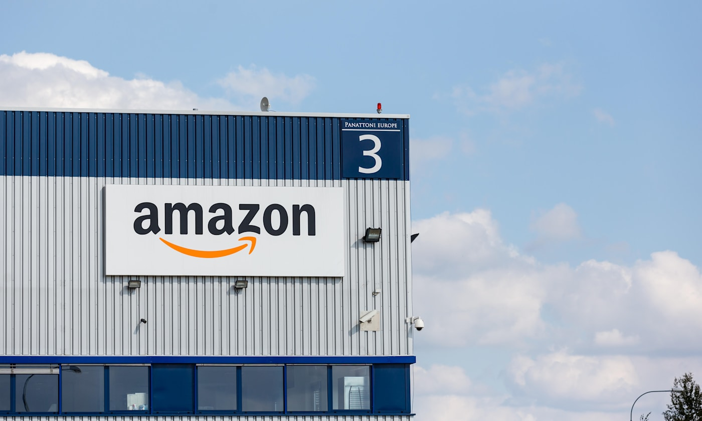 Amazon warehouses in Dobroviz, the Czech republic,Amazon.com,Bohemia,CR,Dobrovíz,business