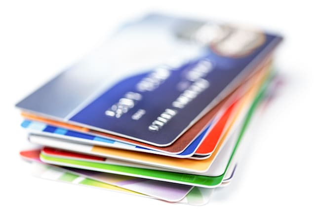 Common mistakes that damage your credit score