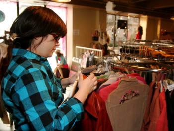 Plaid Flannel Shirt Clothing Store Fashion IMG_7681