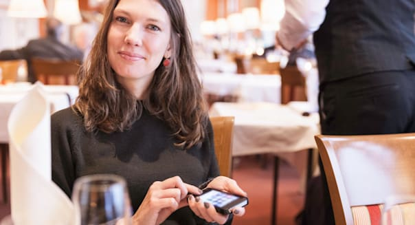 Restaurant Apps That Will Save You Money