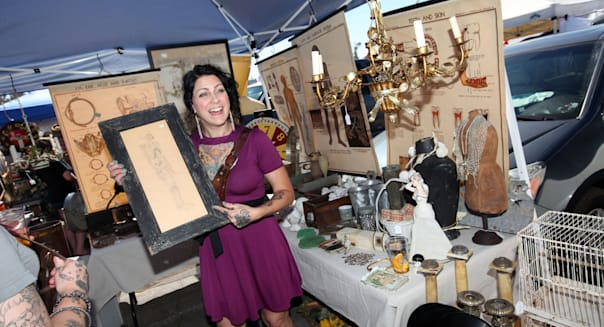 American Pickers on HISTORY® at the Rose Bowl Flea Market