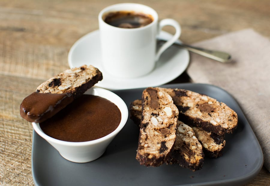 This double chocolate biscotti has it all: chocolate flavour, crunch and a decadent dip. Enjoy with a...