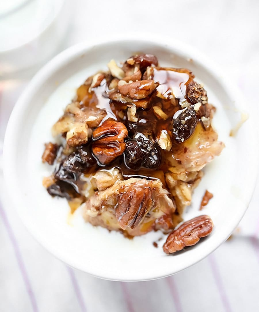 Slow cooker oatmeal with bananas and nuts by Heidi from Foodie