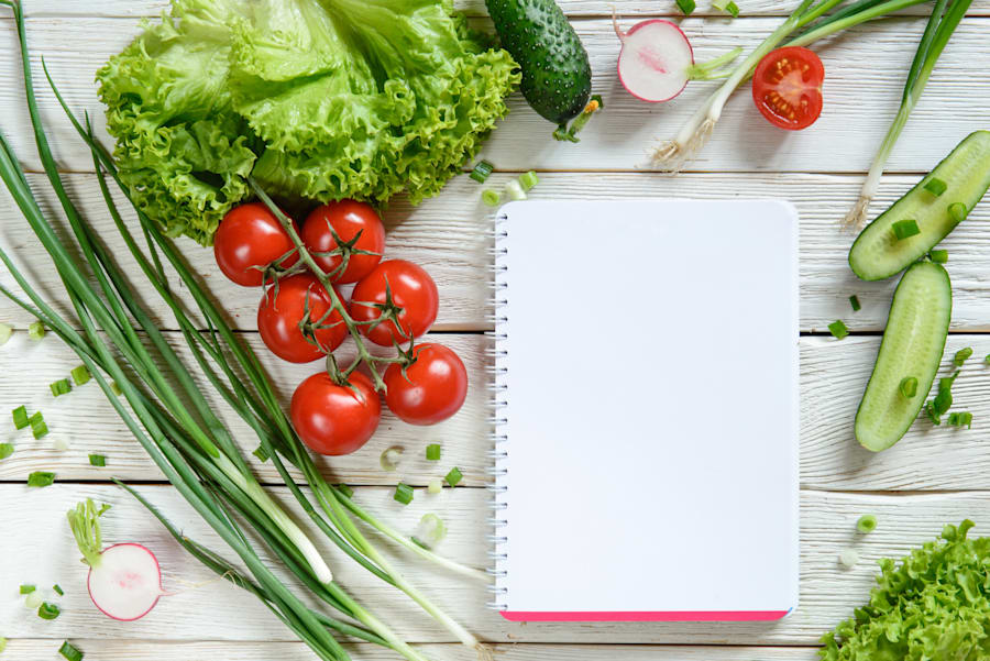9 food waste hacks everyone needs to know shutterstock before doing your weekly food shop spend a few minutes figuring out your meals and exactly what youll need forumfinder Gallery
