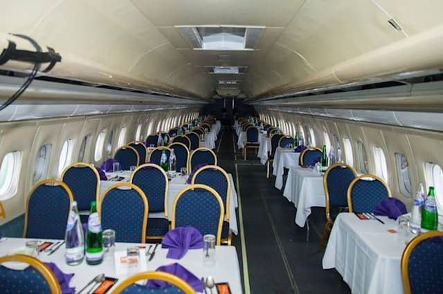 Curry house opens on Boeing 737