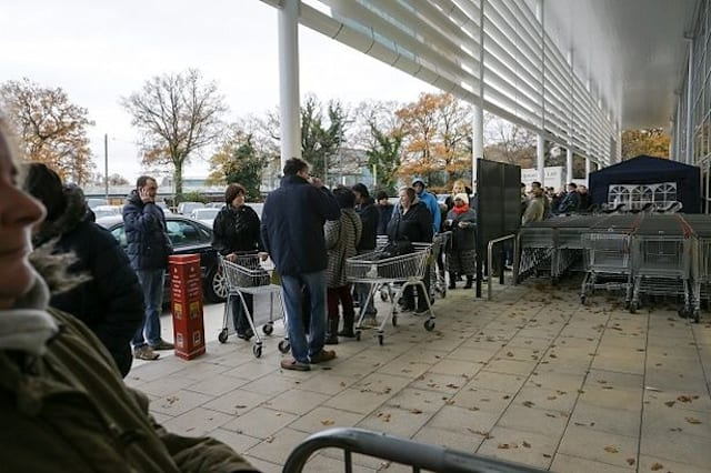 Man queues outside new Aldi all night at wife's request