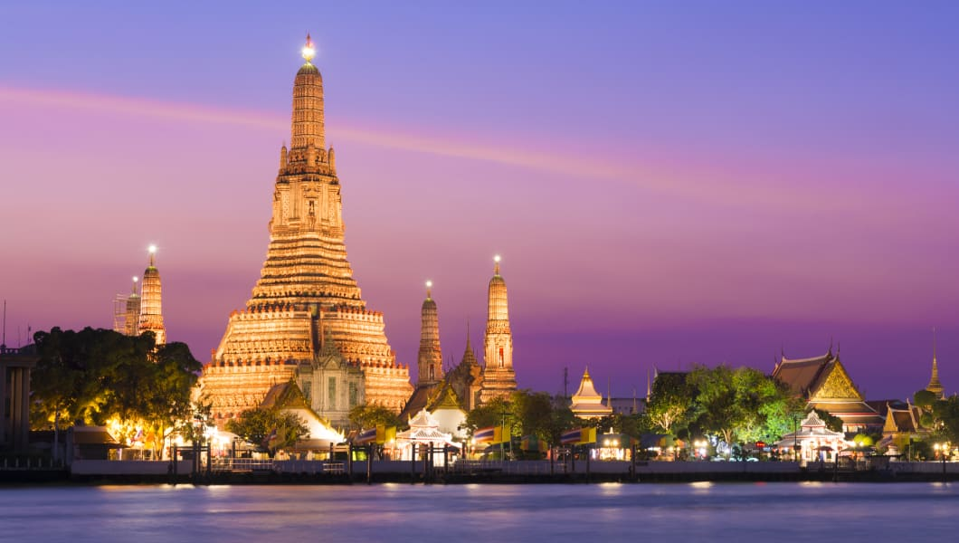 Wat Arun Temple at sunset in Bangkok, Thailand
