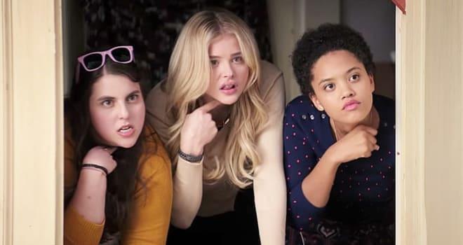 Chloe Moretz Neighbors 2 Sorority Rising Wallpapers: Chloe Moretz Says Zac Efron Has A Great Personality Under