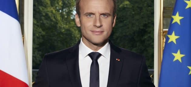 Dans le portrait officiel d'Emmanuel Macron, ces détails qu'il a voulu que vous