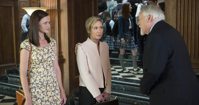 Alexis Bledel, Liza Weil, Darkin Matthews in GILMORE GIRLS: A YEAR IN THE LIFE
