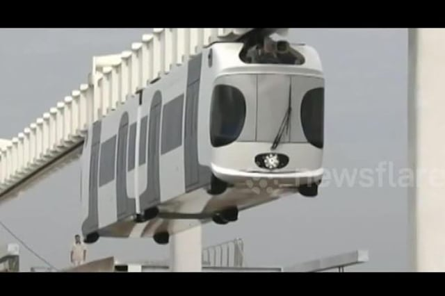 China tests first suspension monorail