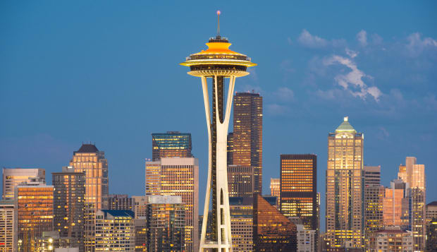 Space Needle and Downtown Skyline, Seattle, Washington, USA