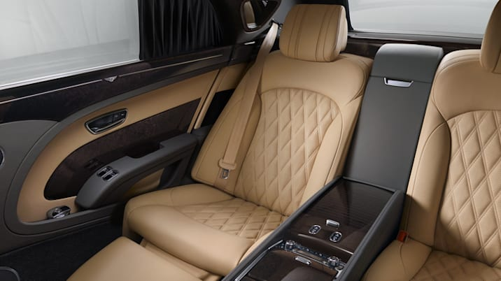 2017 Bentley Mulsanne Extended Wheelbase rear seat