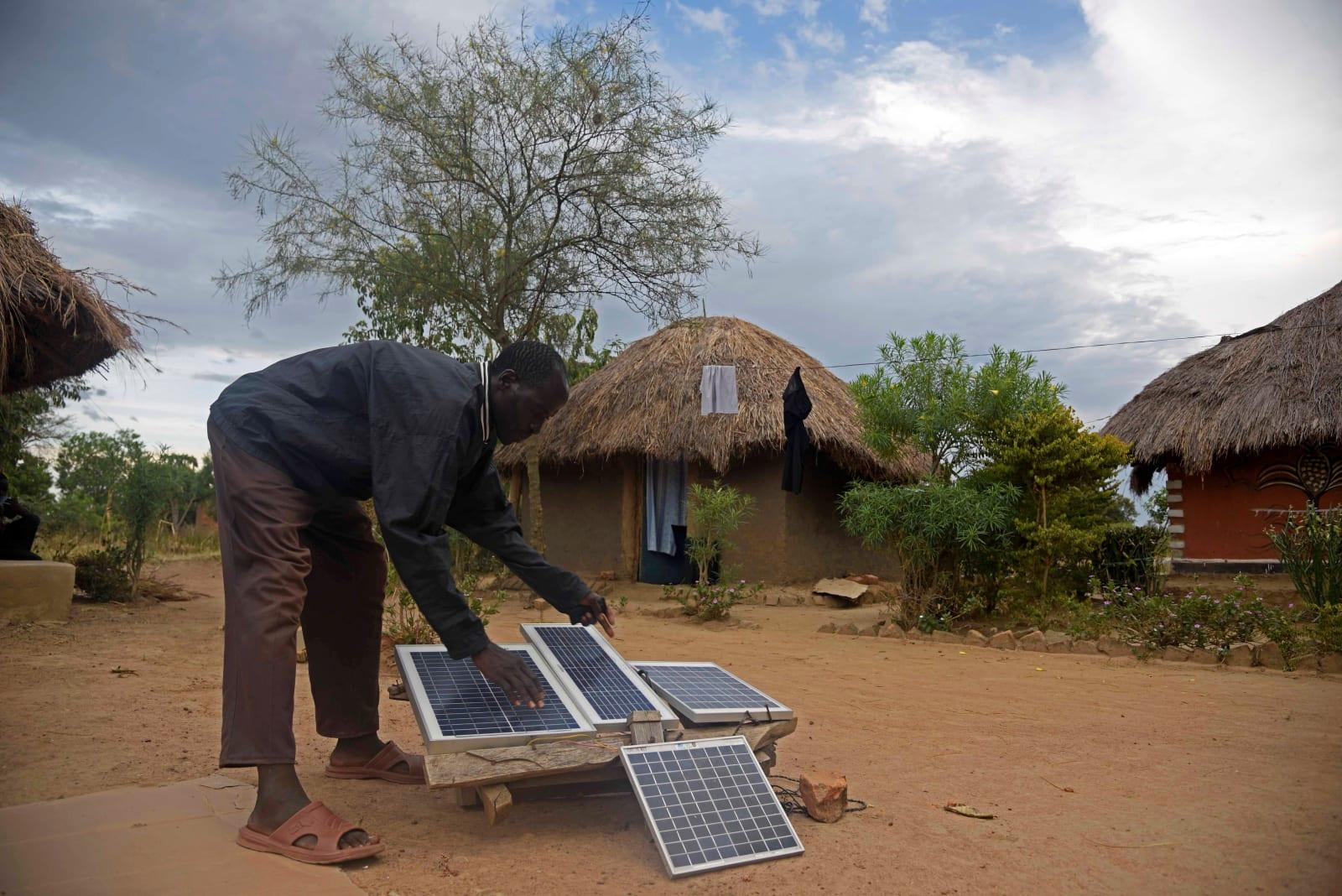 UGANDA-SOLAR-POWER
