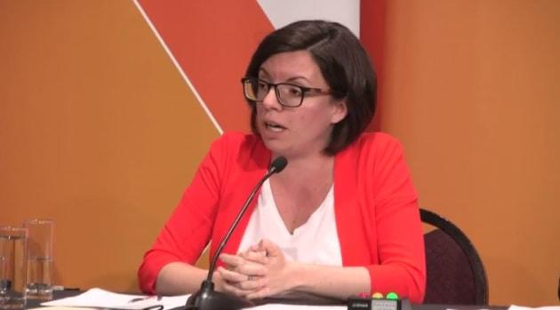 Niki Ashton makes a point at the NDP leadership debate in Saskatoon