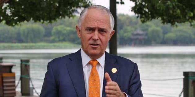 Malcolm Turnbull says Bill Shorten has a decision to make over Sam Dastyari's