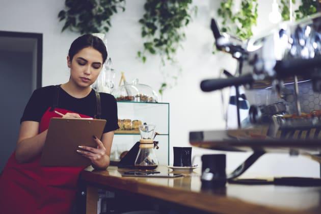 A $15 Minimum Wage Is A Feminist