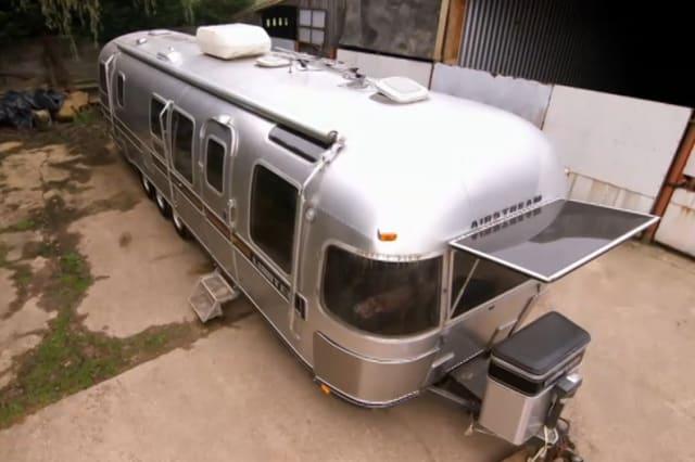 The caravan before the renovation