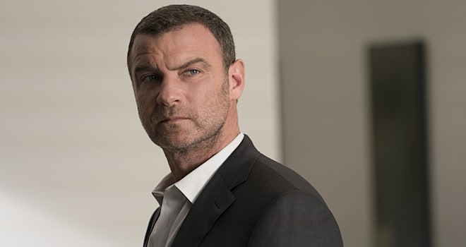 Liev Schreiber as Ray Donovan in Ray Donovan (Season 4, Episode 1)