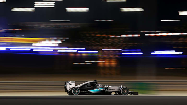 Lewis Hamilton leads the 2015 Bahrain F1 Grand Prix.